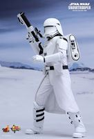 Foto de Star Wars Episode VII Figura Movie Masterpiece 1/6 First Order Snowtrooper 30 cm