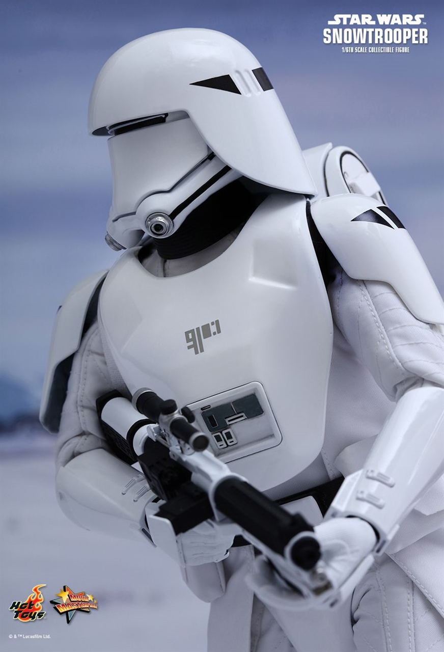 Imagen de Star Wars Episode VII Figura Movie Masterpiece 1/6 First Order Snowtrooper 30 cm