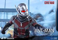 Foto de Captain America: Civil War - Movie Masterpiece Series 1/6 Ant-Man 30 cm