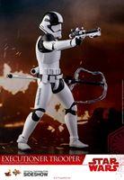 Foto de Star Wars Episode VIII Figura Movie Masterpiece 1/6 Executioner Trooper 30 cm