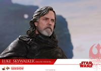 Foto de Star Wars Episodio VIII Figura Movie Masterpiece 1/6 Luke Skywalker Deluxe Version 29 cm