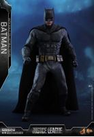 Foto de Justice League Figura Movie Masterpiece 1/6 Batman 32 cm