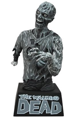 Picture of The Walking Dead Hucha Zombie Black & White 20 cm