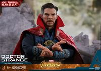 Picture of Vengadores Infinity War Figura Movie Masterpiece 1/6 Doctor Strange 31 cm