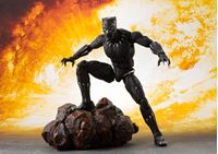 Picture of Vengadores Infinity War Figura S.H. Figuarts Black Panther & Tamashii Effect Rock 16 cm