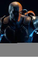 Picture of DC Comics Estatua Premium Format Deathstroke 48 cm