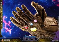 Picture of Vengadores Endgame  réplica 1/4 Infinity Gauntlet 17 cm