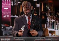 Picture of The Dark Knight Figura Movie Masterpiece 1/6 Two-Face 2019 Toy Fair Exclusive 31 cm