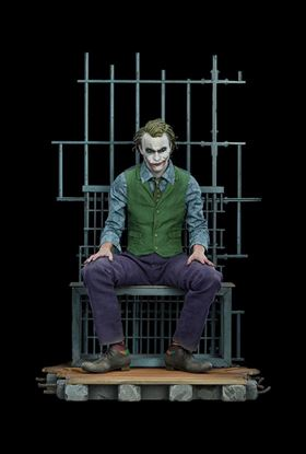 Picture of Batman The Dark Knight Estatua Premium Format The Joker 51 cm