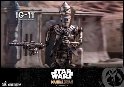 Picture of Star Wars The Mandalorian Figura 1/6 IG-11 36 cm RESERVA