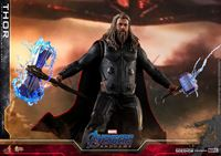 Picture of Avengers: Endgame Figura Movie Masterpiece 1/6 Thor 32 cm RESERVA