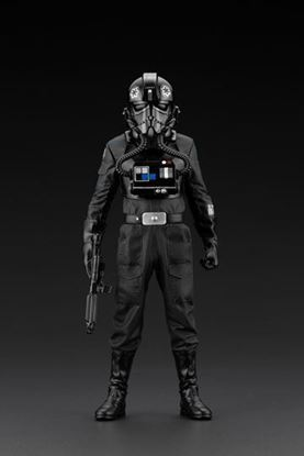 Picture of Star Wars A New Hope Estatua ARTFX+ 1/10 Tie Fighter Pilot Backstabber & Mouse Droid Exclusive 18 cm