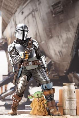 Picture of Star Wars The Mandalorian Estatua ARTFX 1/7 Mandalorian & The Child 26 cm